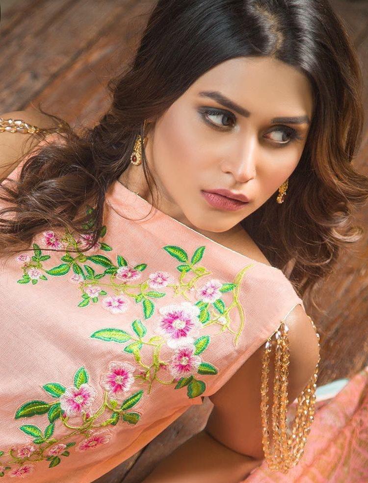 Momina Khan